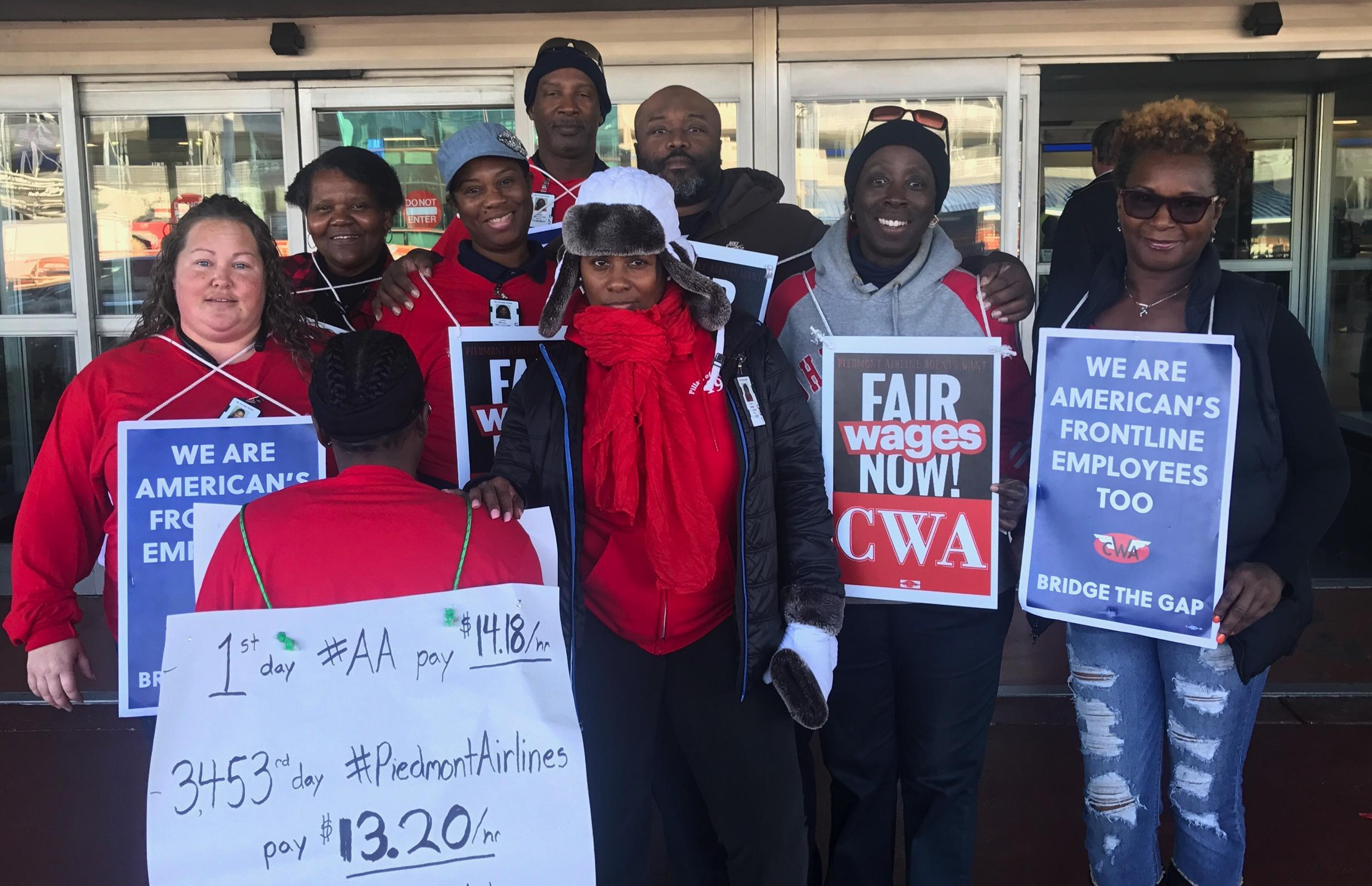 CWA Local 3645 mobilizes at CLT-November 26 2017
